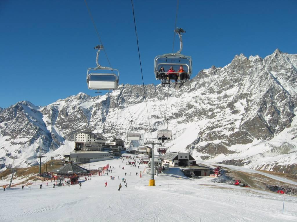 cervinia ski resort italy - ski club of great britain